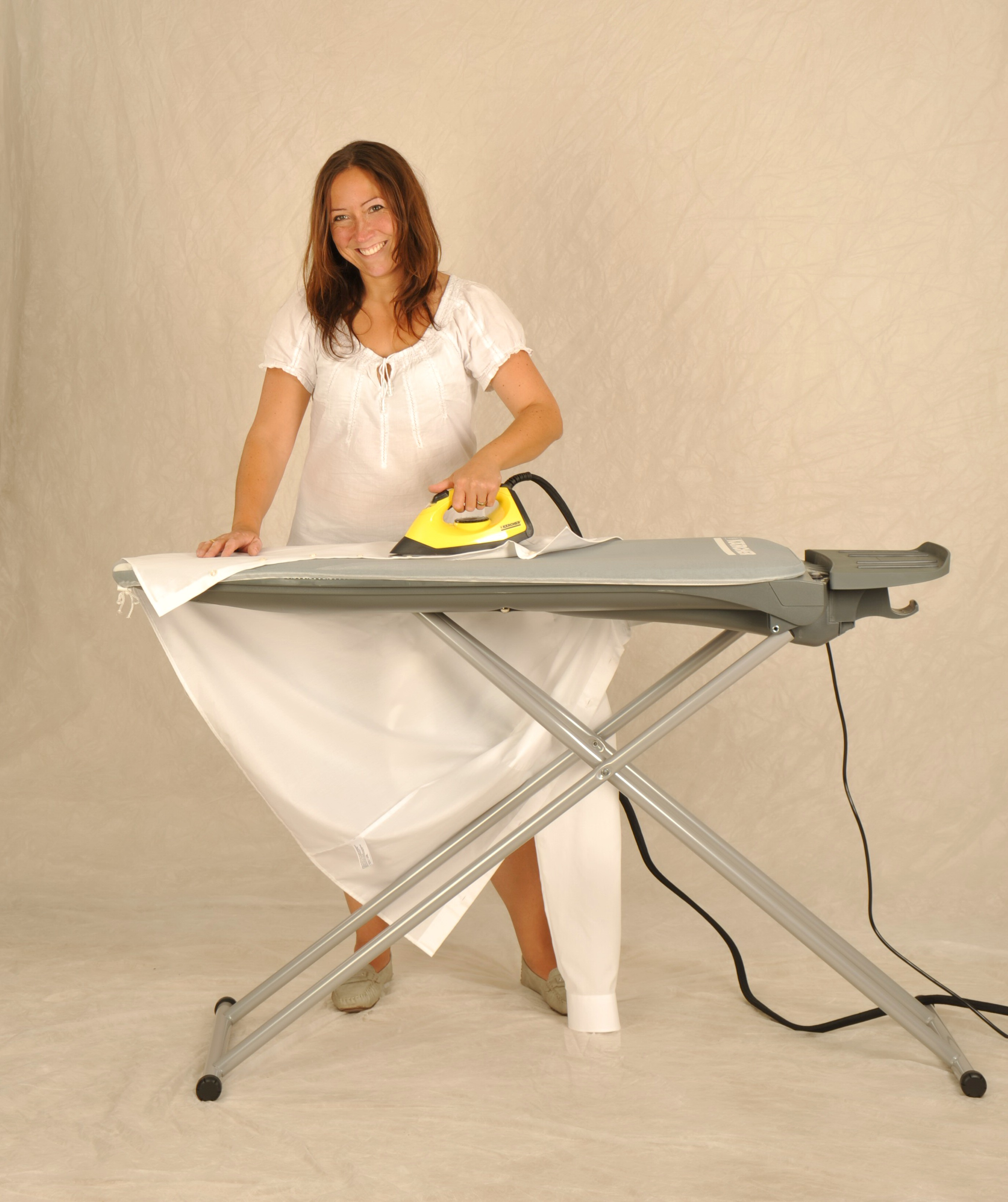 b geln mit einem dampfb geleisen auf den dampfdruck kommt es an dampfsauger und dampfstaubsauger. Black Bedroom Furniture Sets. Home Design Ideas