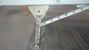 Fussgestell-Foerderband-vor-Dampfreinigung