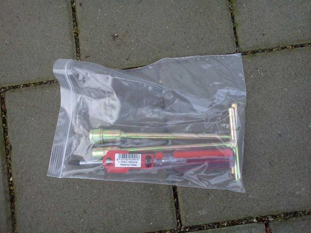 Dampf-Werkzeug-fuer-die-Entkalkung