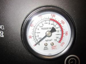 Optima-Steamer-Manometer-Anzeige